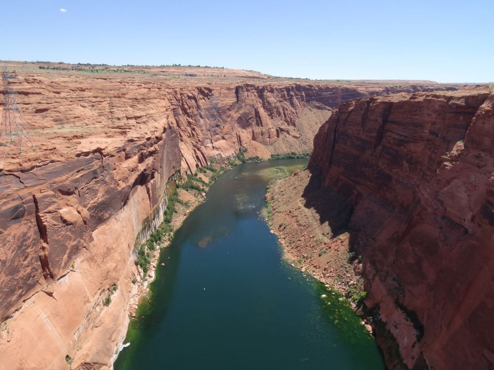 Colorado-River nach Glen Canyon-Staumauer (Blick Richtung Süden; Staumauer hinter mir)