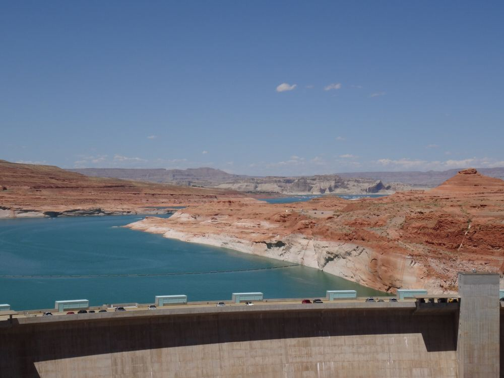 Glen Canyon-Staumauer (Südende Lake Powell, nahe Page, Arizona)