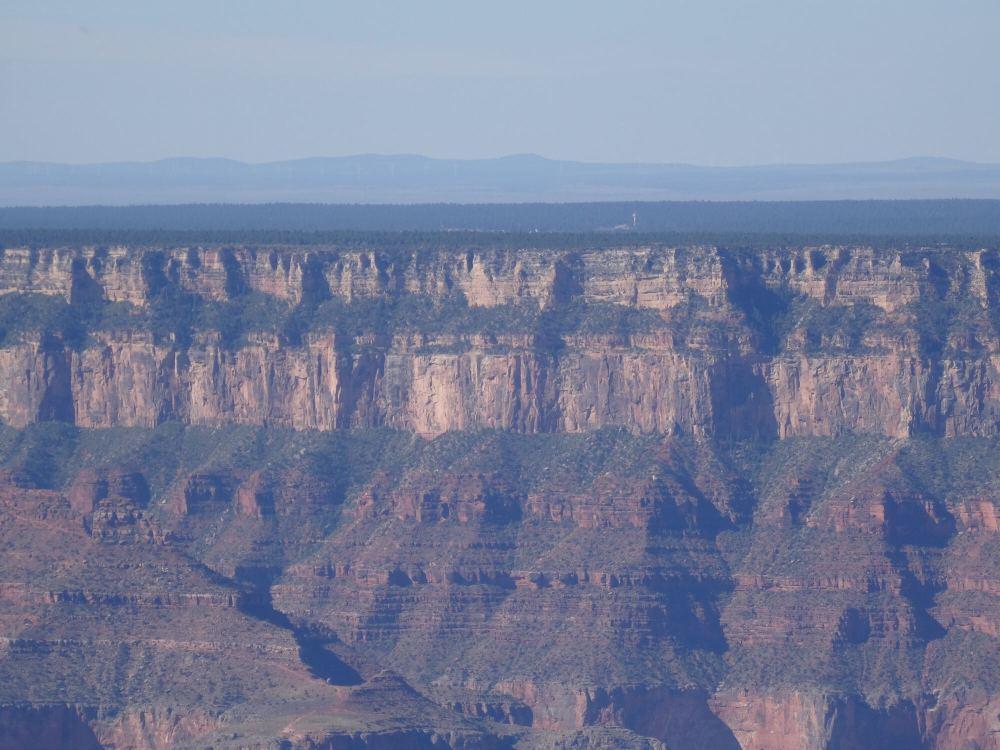 Grand Canyon North Rim - Mehrere Gesteinsschichten (Blick Richtung Süden)