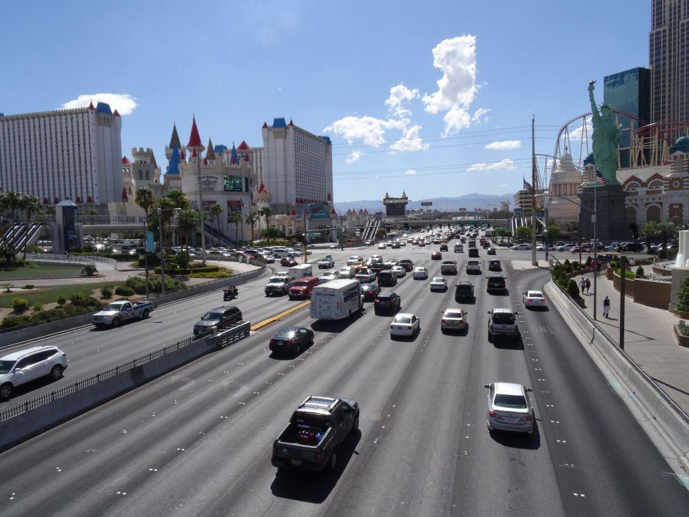 Las Vegas: Im Hintergrund das Excalibur Hotel & Casino