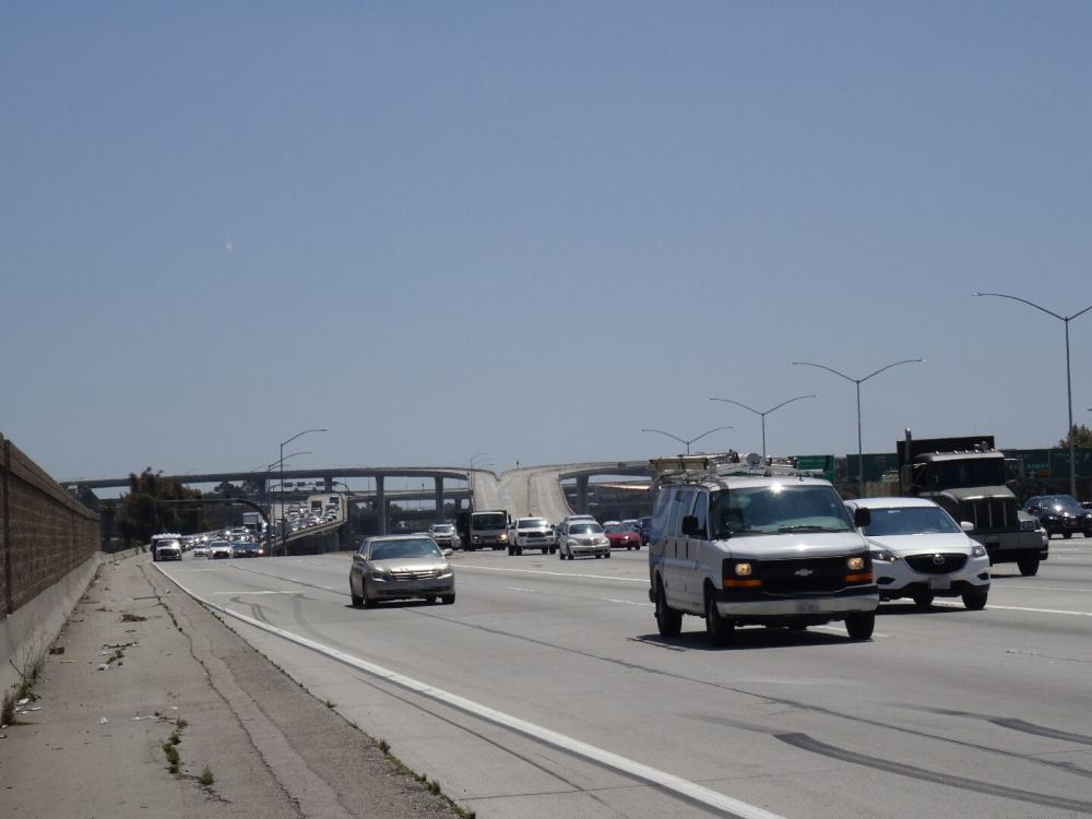 Kreuz Interstate 110 und 105 in Los Angeles (11.08.2015)