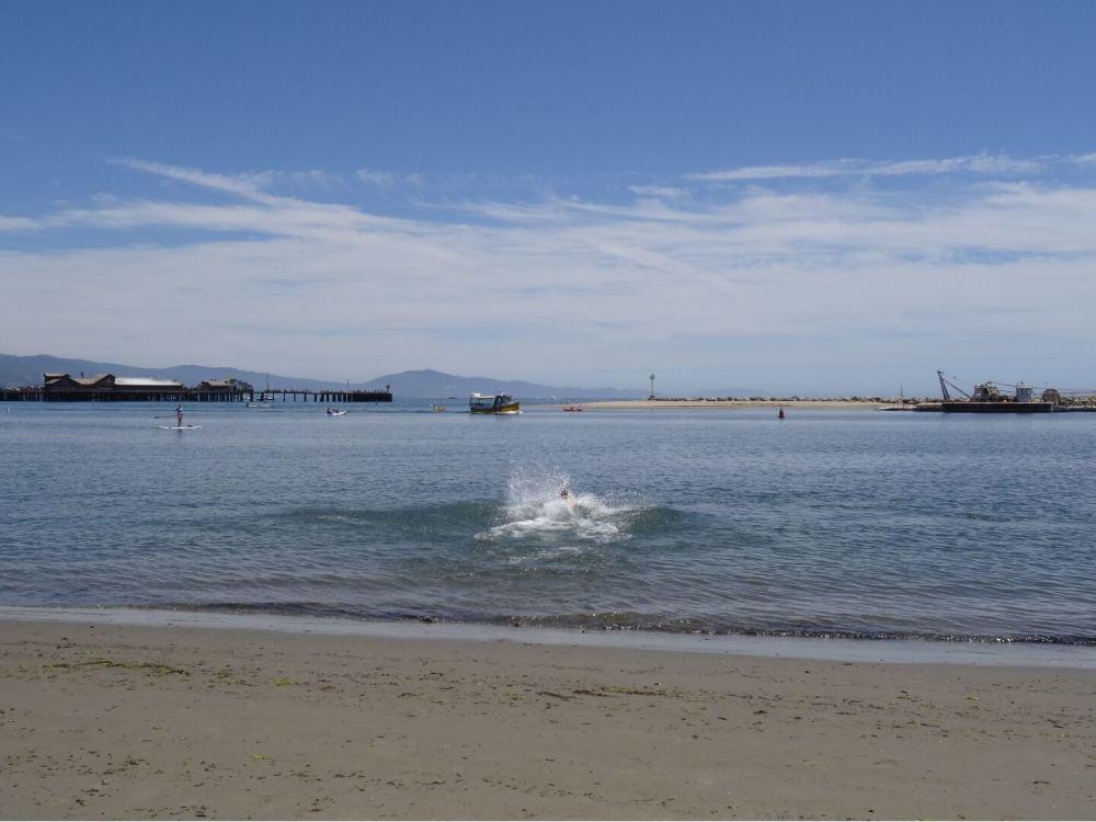 Hier bin ich gerade ins Wasser gerannt! - Santa Barbara am 13.08.2015