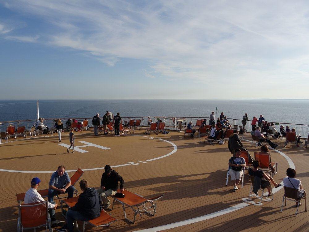 Sonnendeck vom Schiff (hinten)