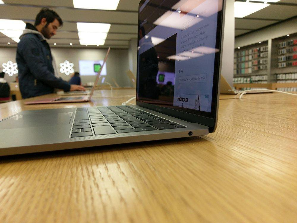Macbook Pro 13 (2016): Modell ohne Touchbar