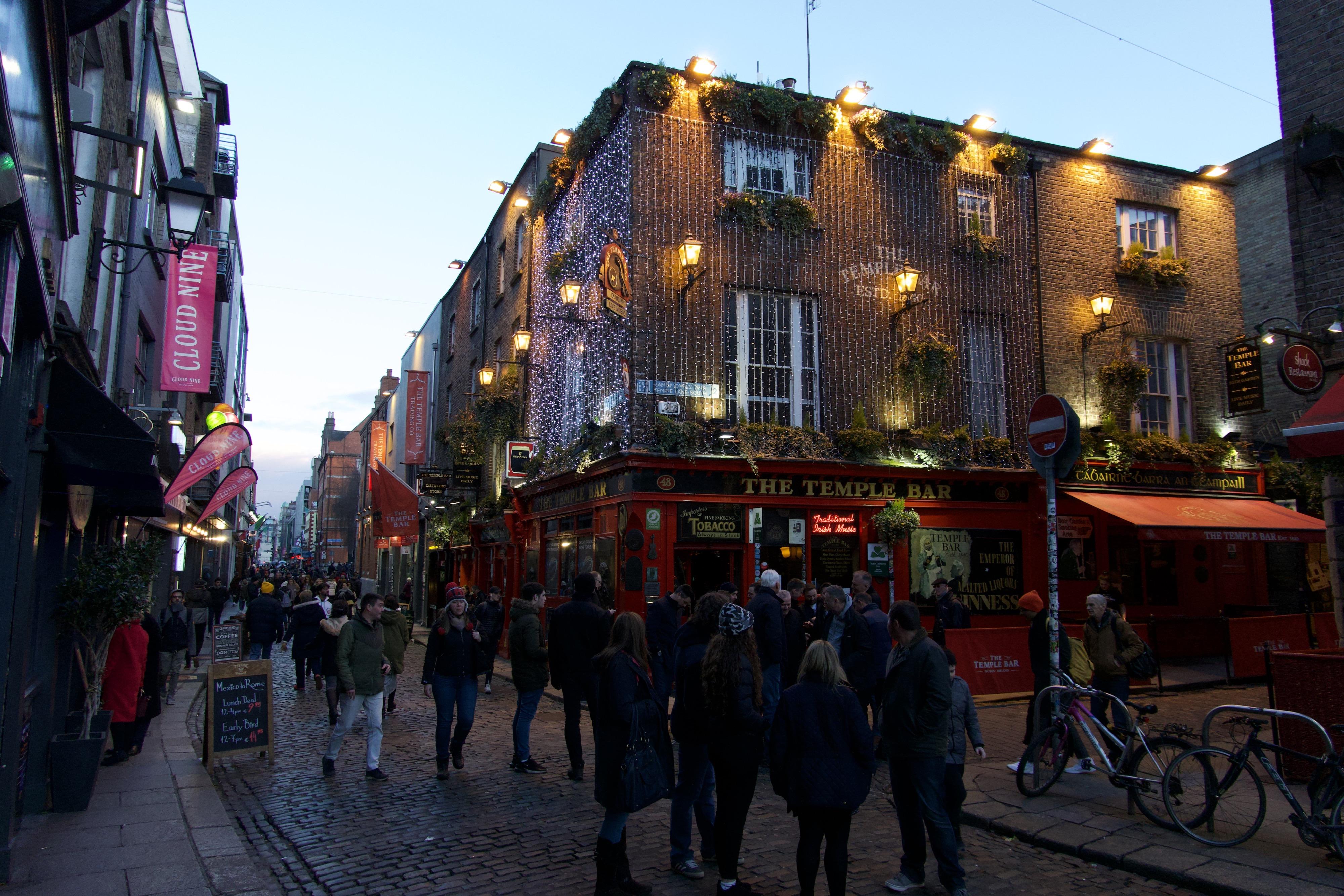 Die Temple Bar im Temple Bar-Viertel in Dublin